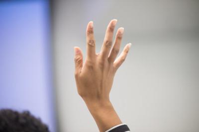 hand raise